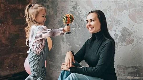 Переселенка из Донецка живет в Славянске, делает игрушки из полимерной глины и продает их в США, Японию и Швейцарию