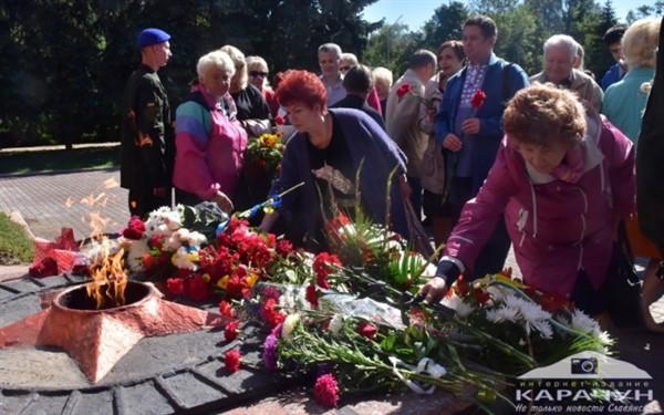 Славянск почтил погибших при освобождении города от немецко-фашистских захватчиков