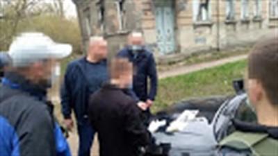 В Славянске на взятке задержан сотрудник исполнительной службы