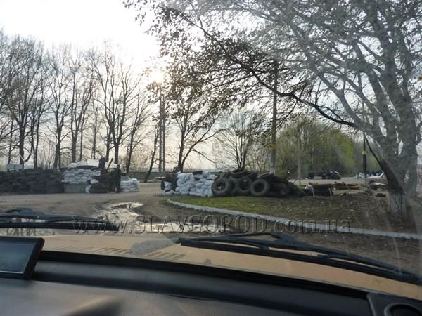 Утром в Славянске вновь была перестрелка. Есть погибшие и раненые (ДОПОЛНЕНО)
