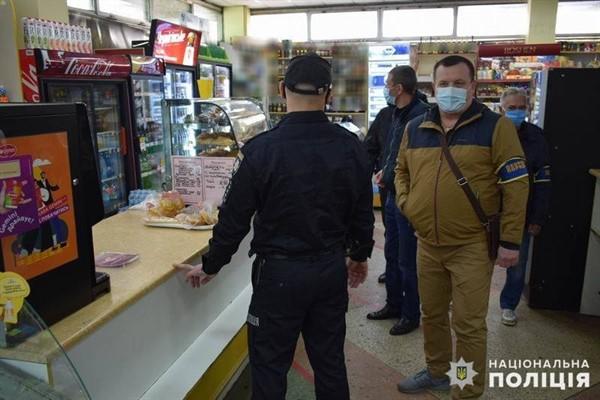 Правоохранители Славянска в ходе карантинных рейдов проверили тысячи заведений