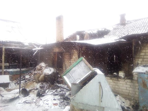 В Славянском районе загорелся жилой дом
