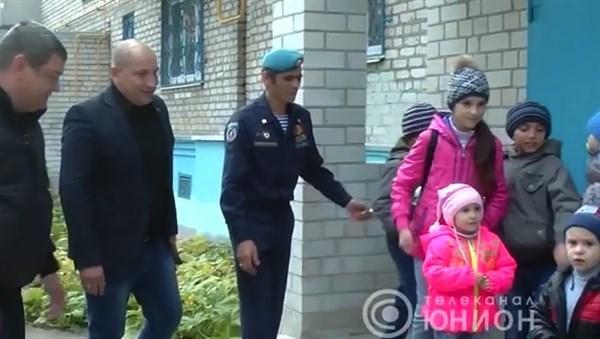 """Житель Славянска, воюющий за """"ДНР"""", получил квартиру в оккупированной Горловке"""
