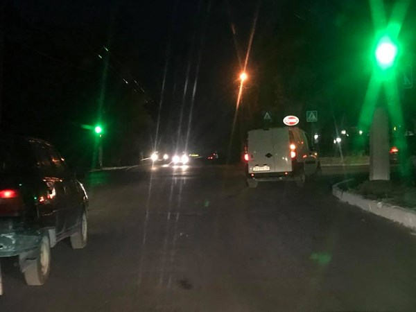 В Славянске на пересечении улиц Вольной и Батюка заработали светофоры