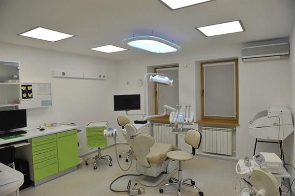 Выбор стоматологической поликлиники: на что обращать внимание?