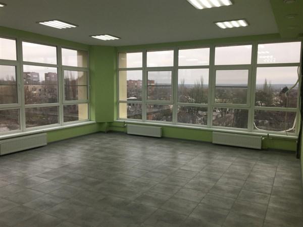 Прозрачный офис в Славянске примет первых посетителей в марте этого года