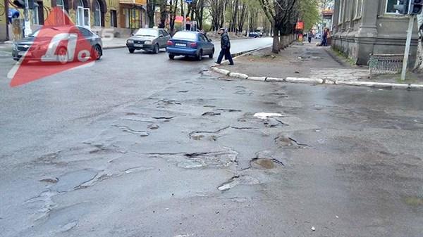 «Славгорводоканал» просит ограничить движение грузового транспорта в центре города