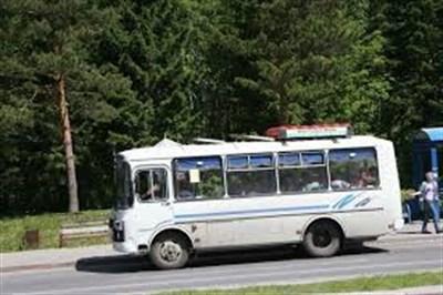 Жители Высокоивановки, что возле Славянска,  недовольны работой автобуса №23: из-за плохих дорог не хочет заезжать в поселок