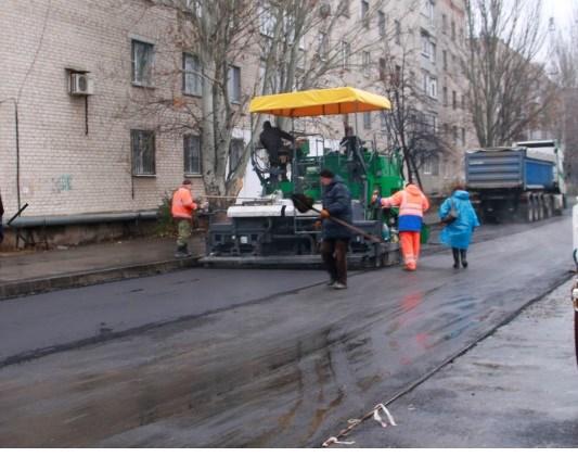 На Ярмарочной в Славянске заканчиваются ремонтные работы