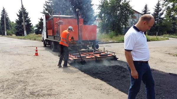 Начат ремонт дорог в районе «Славкурорта» (ФОТОФАКТ)