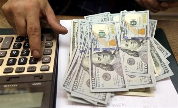 Как ориентироваться в курсе доллара и где лучше менять валюту