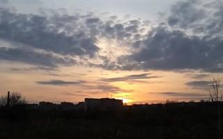 Видео необычайно красивого заката над Славянском